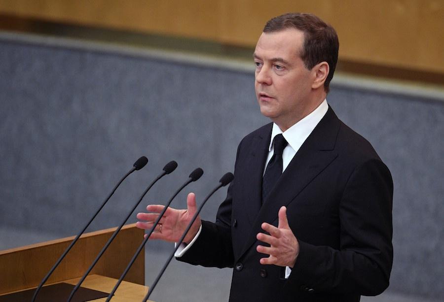 Медведев предложил решения попяти поправкам взакон огосзакупках