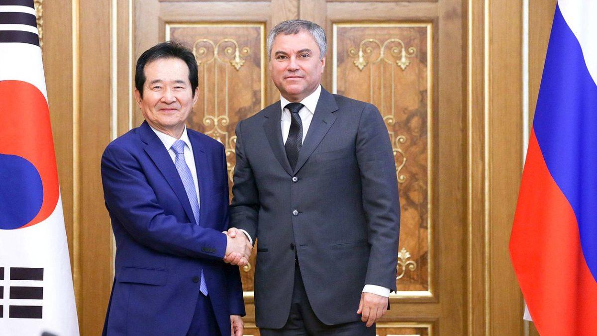 Володин предложил провести совместный форум сЮжной Кореей поцифровой экономике