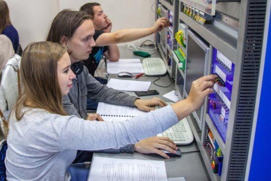 Минпромторг увеличивает преимущество российских производителей в госзакупках