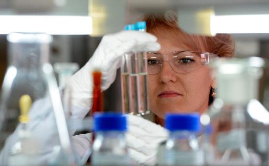 РАН заявила о сокрытии Минздравом данных об экспертизе лекарств