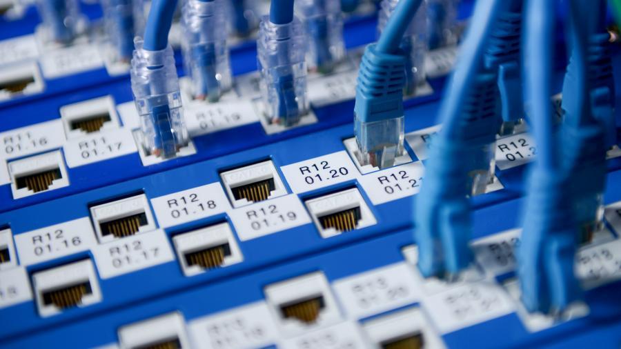 Минкомсвязь завершила аукционы наподключение соцобъектов кинтернету вовсех регионах