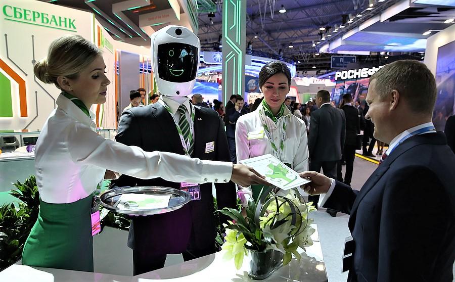 Сбербанк иMicrosoft займутся обучением роботов