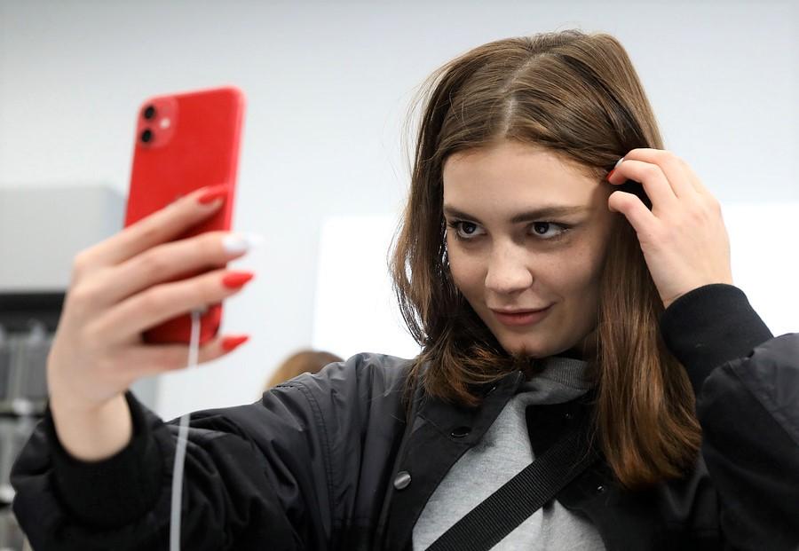 Лицевой вклад. Владельцы смартфонов смогут открыть депозит побиометрии