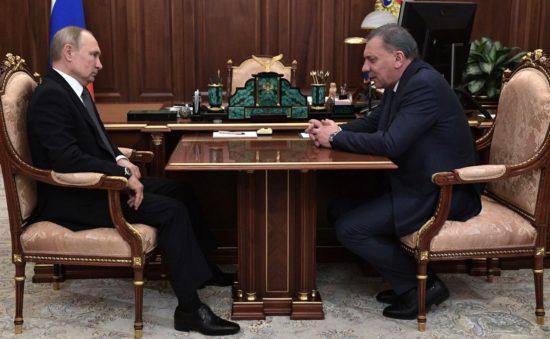 Борисов доложил Путину о развитии ТЭК