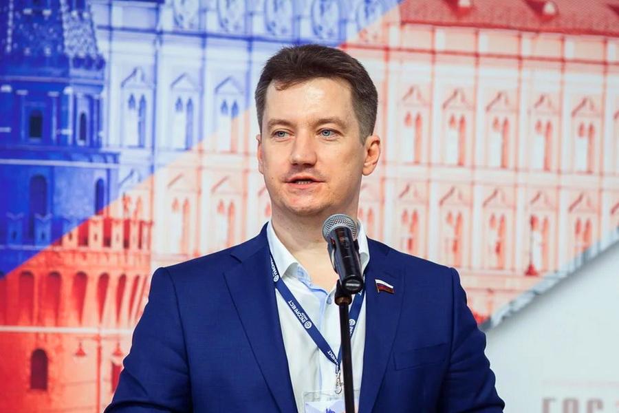 Правительство РФ учло инициативу ОНФ посмягчению условий госзакупок взаконопроекте оЧС