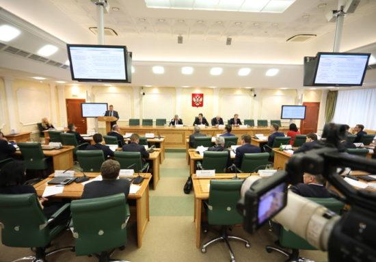 Михаил Евраев представил на круглом столе Совета Федерации предложения по кардинальному улучшению Закона о контрактной системе