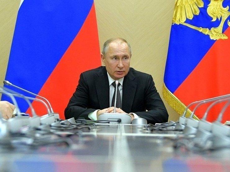 Президент поддержал перенос госзакупок навторой квартал
