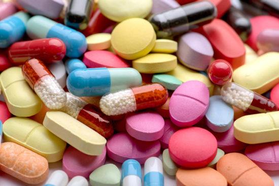 Принят закон о регулировании цен на лекарства