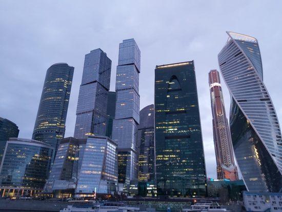 Владимир Путин: Крупный бизнес нельзя допускать к управлению страной