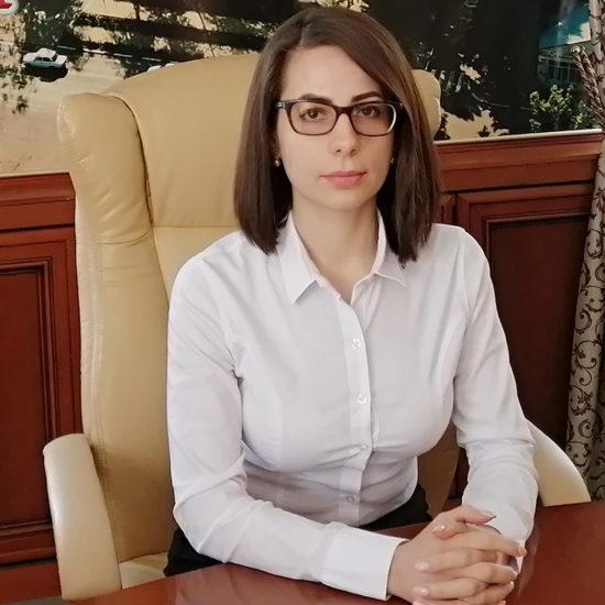 Виктория Щур