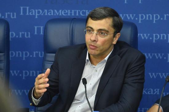 Перечень пострадавших из-за коронавируса отраслей будет расширяться, считает Гутенёв