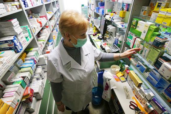 Заказ карман не тянет: где сделали самый большой запас рекомендованных лекарств от COVID-19