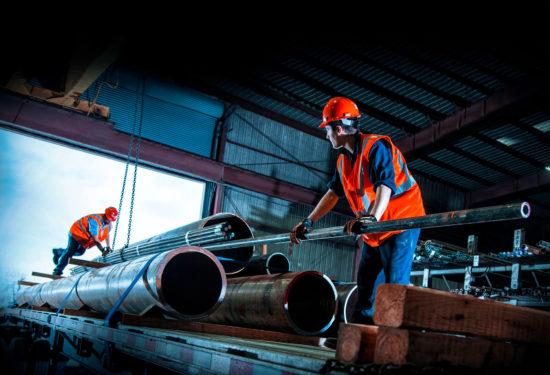В РФ индекс промышленного производства снизился на 1,2% в годовом выражении