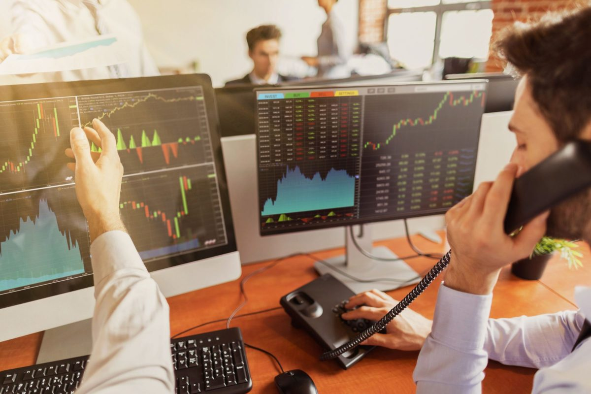Эксперты: план повосстановлению экономики должен включать меры поподдержке бизнеса