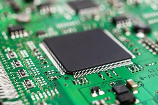 Госзакупки иностранной электроники предложили запретить