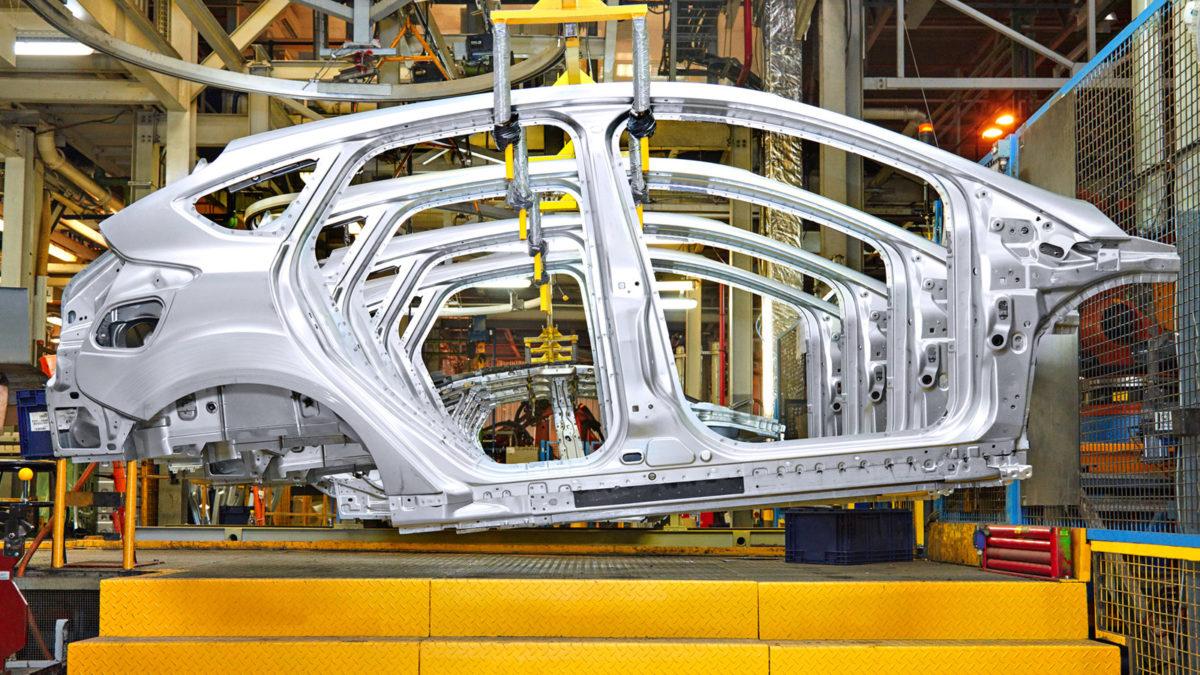Меры господдержки автопрома позволят произвести более 220 тысяч машин, заявили вМинпромторге