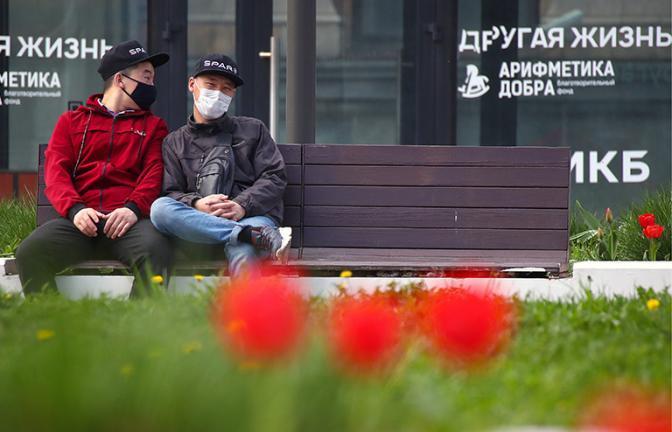 Минтруд хочет разрешить фирмам закупать маски засчет страховых взносов