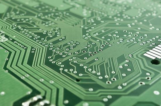 Минпромторг: доноября могут запретить госзакупки импортной электроники приналичии аналогов