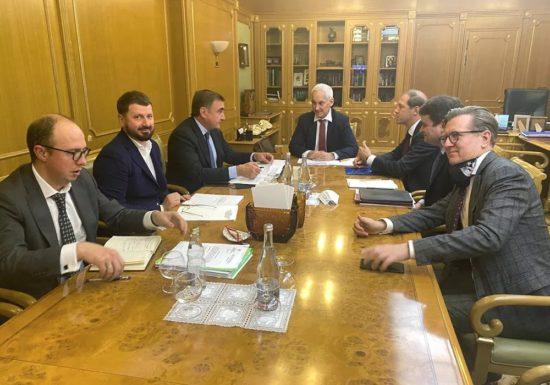 Алексей Дюмин предложил упростить требования к участникам нацпроекта по поддержке занятости