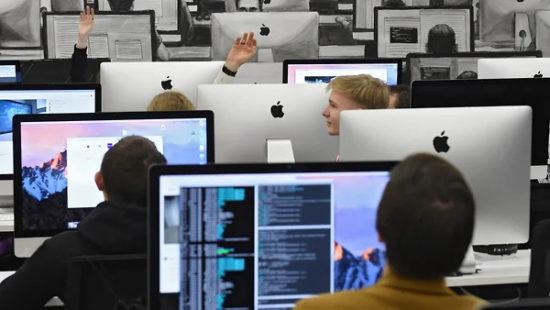 Иностранный софт отведут от госзакупок