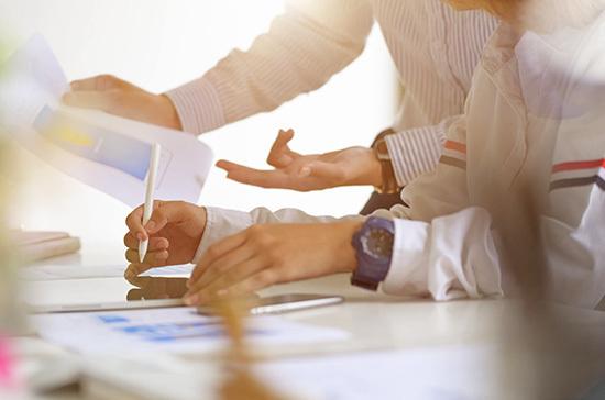 Мораторий на плановые проверки малого бизнеса продлили до конца 2021 года