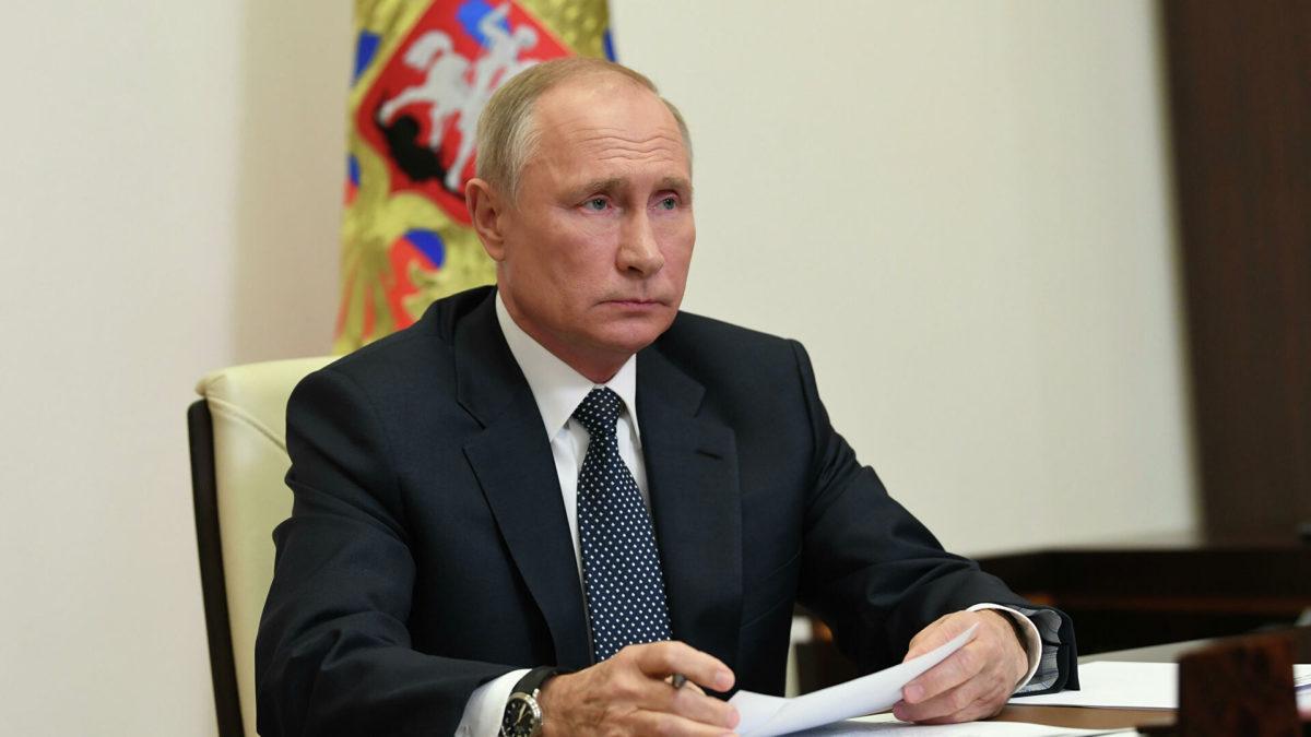 Путин подписал закон опроведении закупок дляКрыма иСевастополя