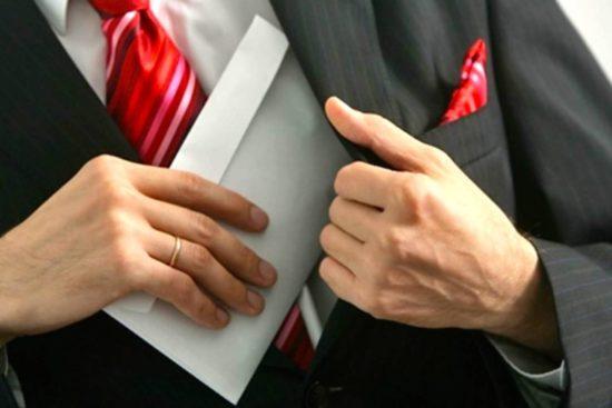 Коррупция в закупках: группы риска, практика противодействия, ответственность