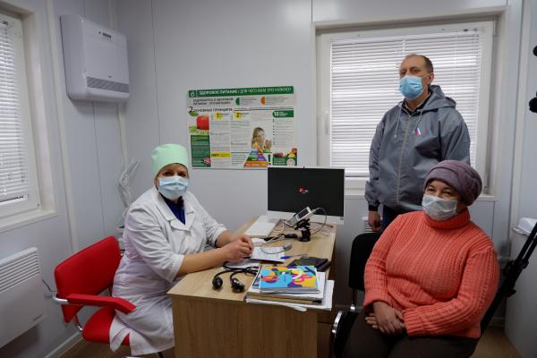 Доктор Рошаль иактивисты ОНФ проверили запуск новых ФАПов вКалужской области