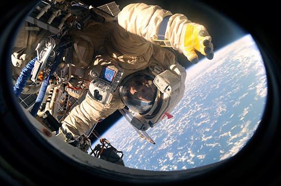 Сенаторы разработали проект опредпринимательской деятельности всфере изучения космоса