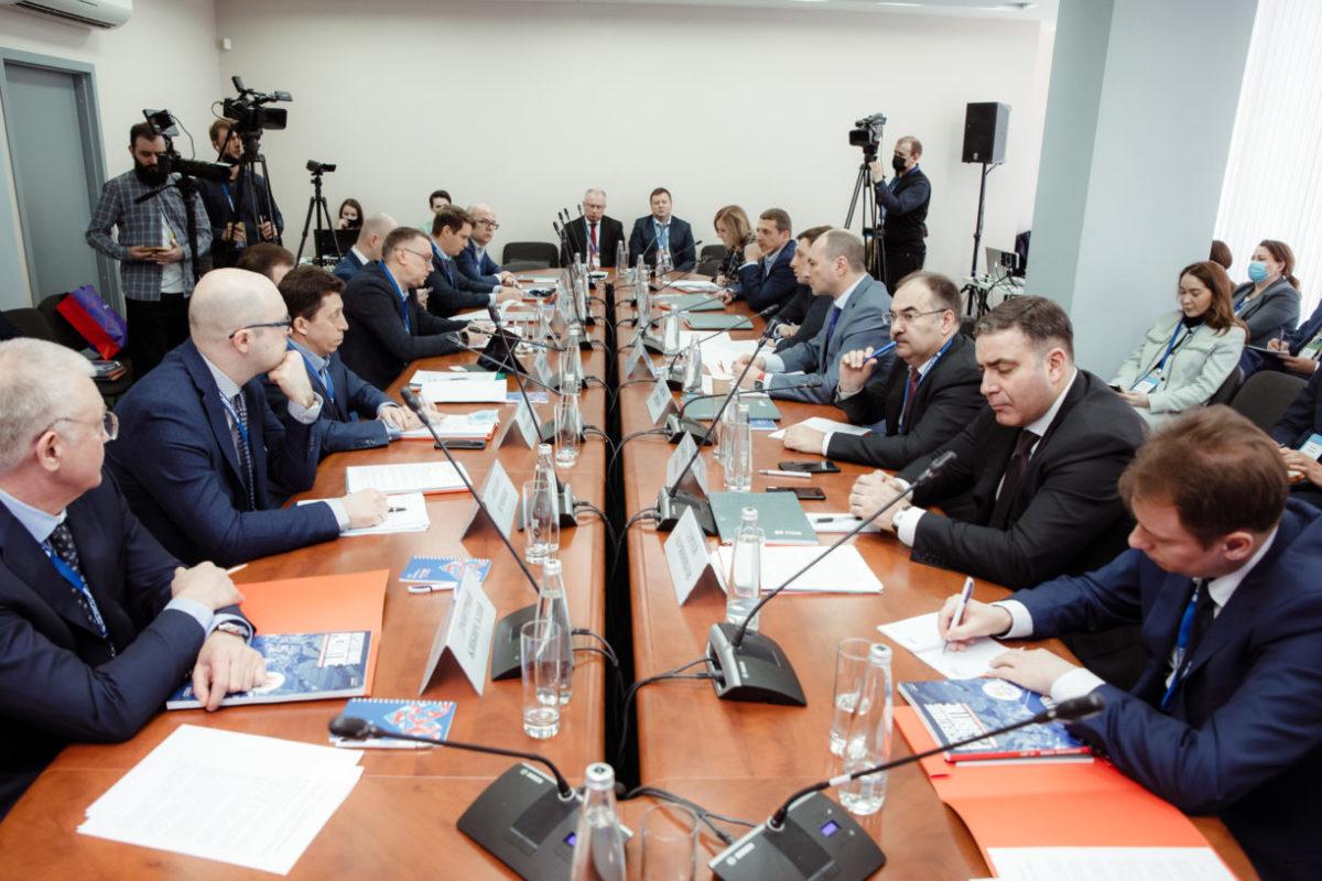 ПСБ обсудил диверсификацию ОПК счастным бизнесом ипредприятиями