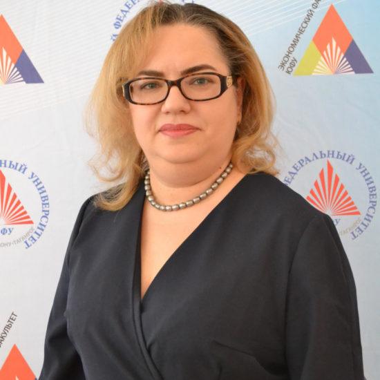 Елена Гуцелюк