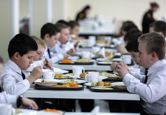 Общероссийский народный фронт продолжает следить за здоровым питанием в школе
